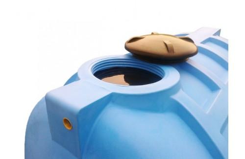 Полиэтиленовые ёмкости для воды – в чем преимущества?